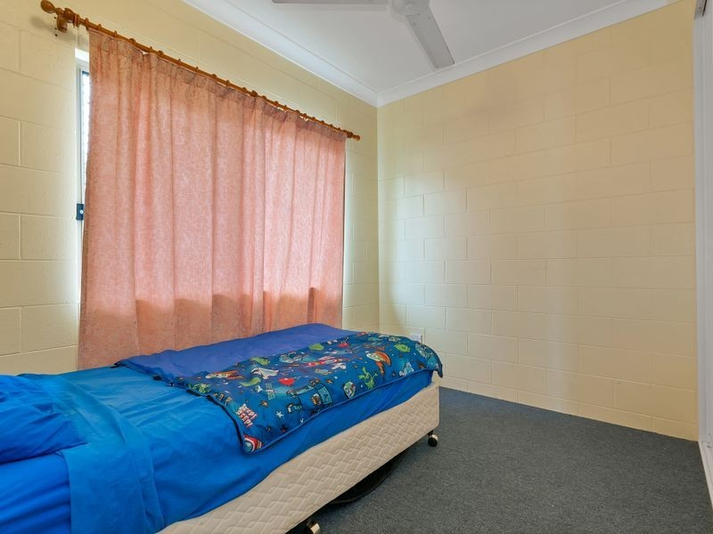 10 Cowie Close, Bentley Park QLD 4869