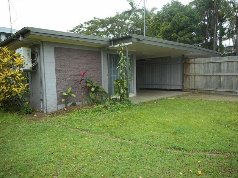 10 Short Street, Cairns North QLD 4870