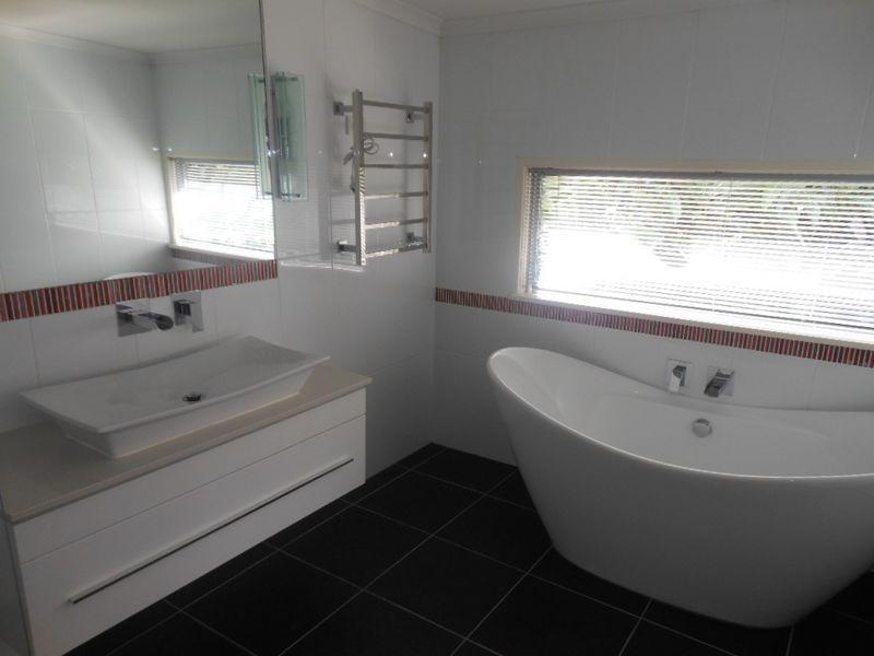 46 Atherton Street, Whitfield QLD 4870