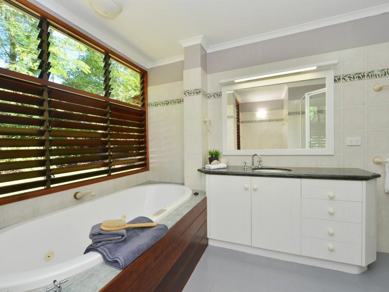 22 Down Street, Freshwater QLD 4870