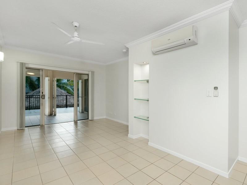 302/22 Ward Street, Mooroobool QLD 4870