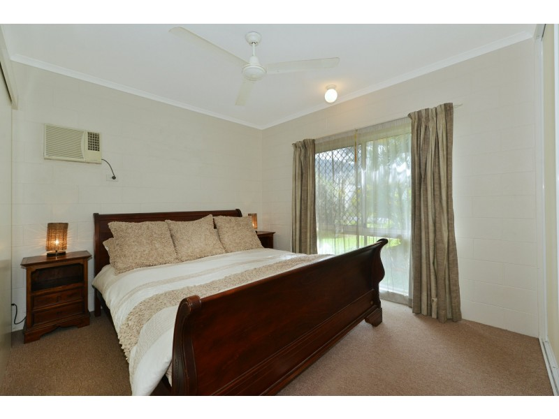 158 Timberlea Drive, Bentley Park QLD 4869