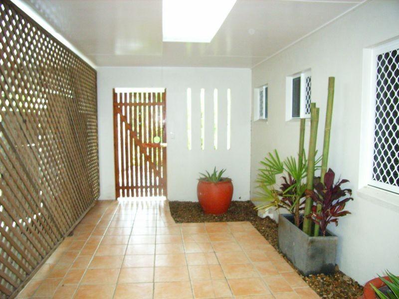 13 Bramble Street, Clifton Beach QLD 4879