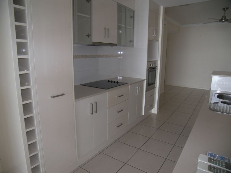 Aeroglen QLD 4870