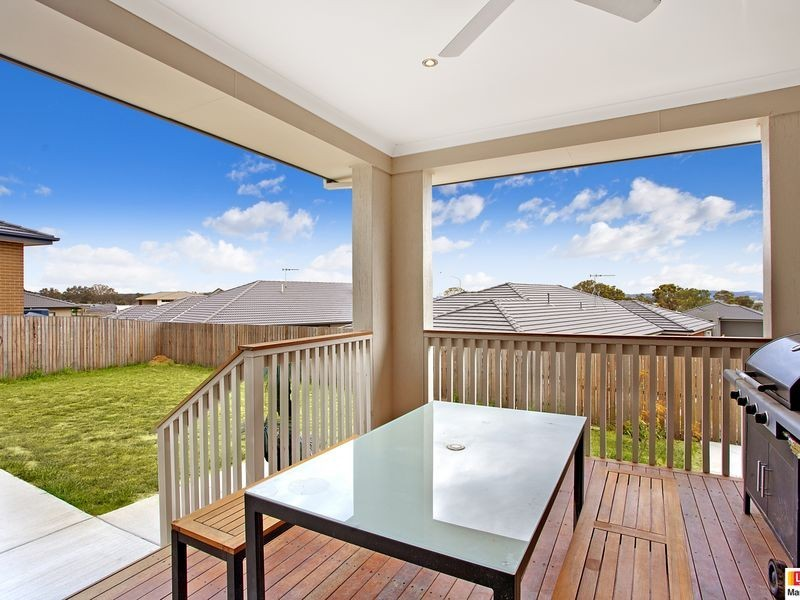 16 Winchester Street, Casey ACT 2913