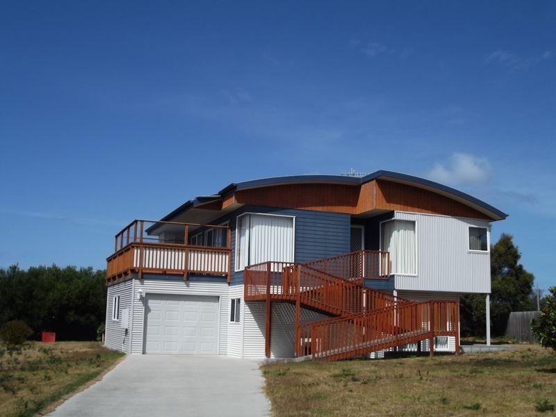 10 Maori Place, Akaroa TAS 7216