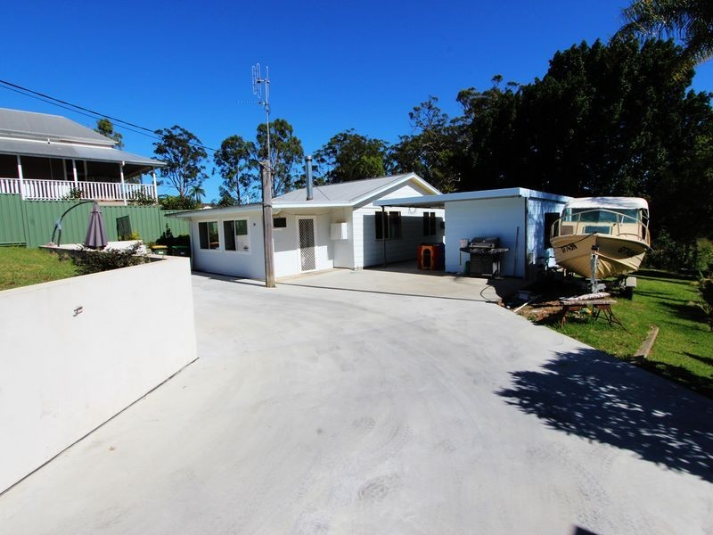 26 High Street, Coopernook NSW 2426