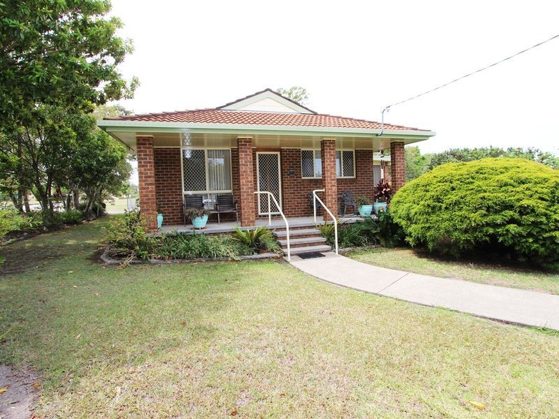 11 Macquarie Street, Coopernook NSW 2426