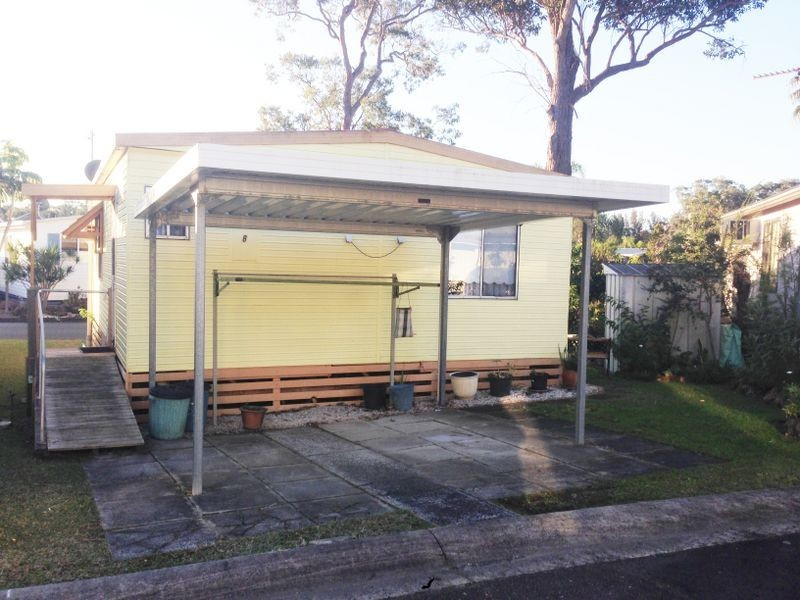 Row S/8 Broadlands Estate Milperra Road, Green Point NSW 2251