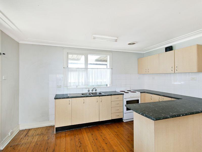 17 OWEN AVENUE, Kyeemagh NSW 2216
