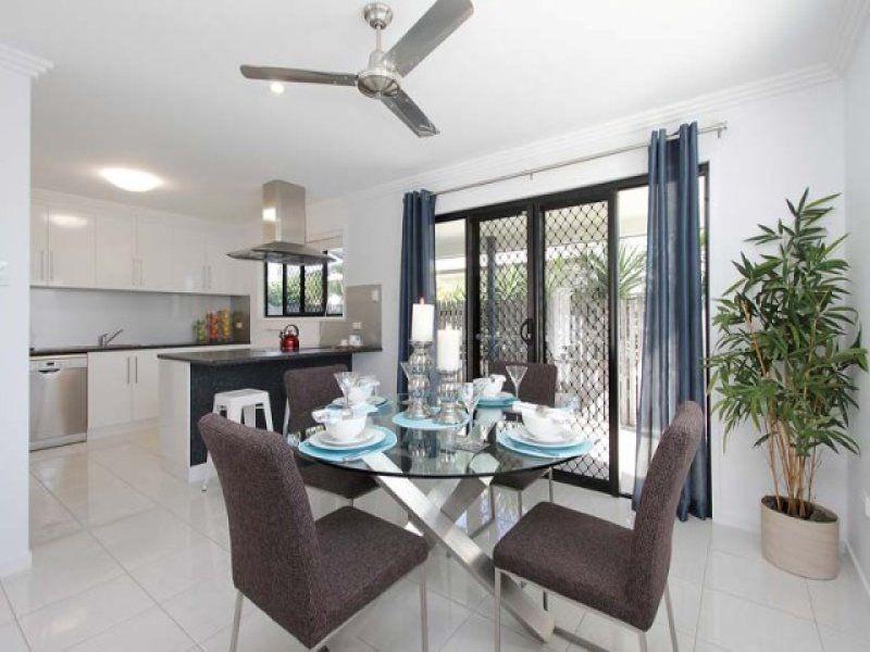 2 Sam Bezzina Drive, Beaconsfield QLD 4740