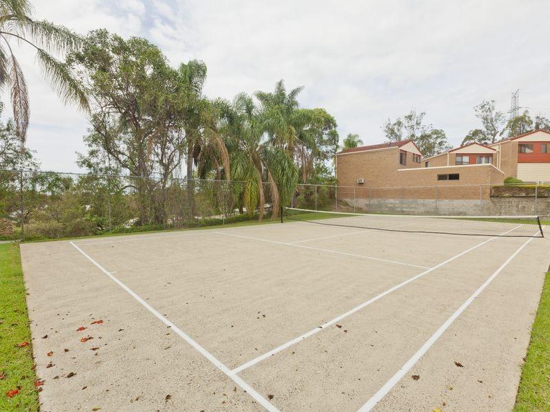 5/1B Mcleod Street, Highland Park QLD 4211