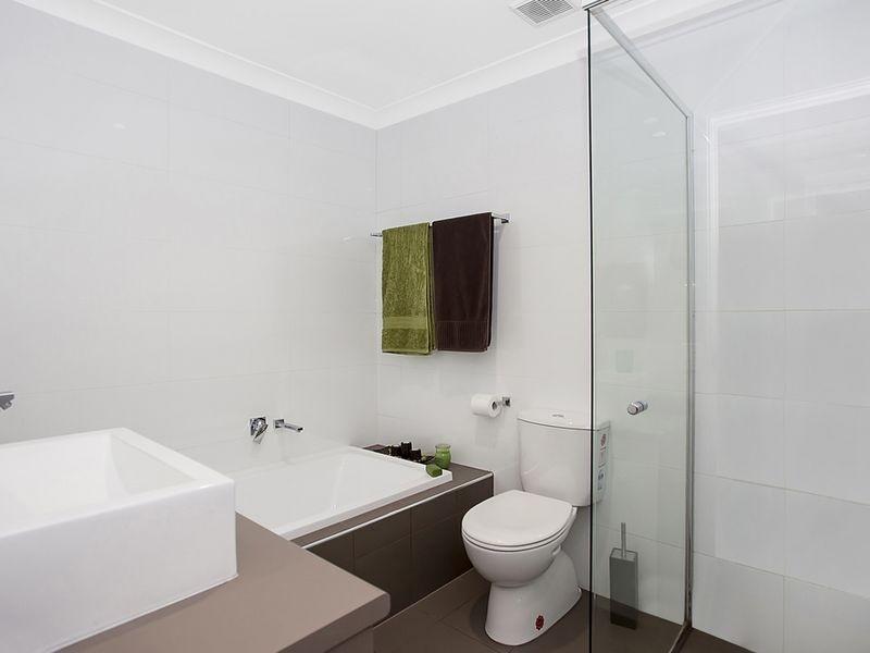 1036/6 Crestridge Crescent, Oxenford QLD 4210