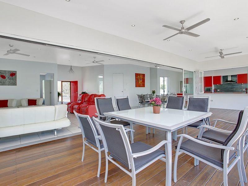 3 Ainsley Avenue, Ashmore QLD 4214