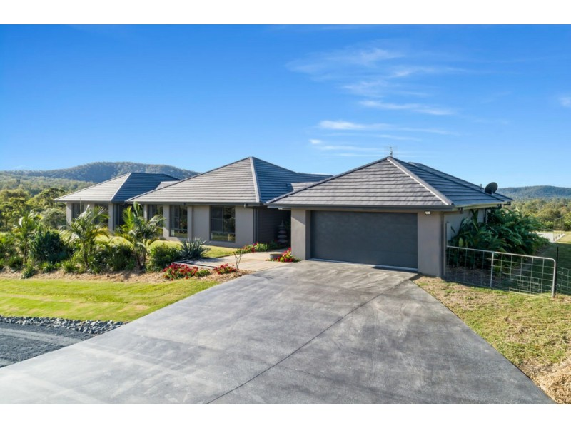 108 Whiptail Place, Advancetown QLD 4211