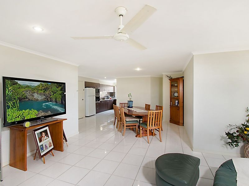 12 Waterville Way, Peregian Springs QLD 4573