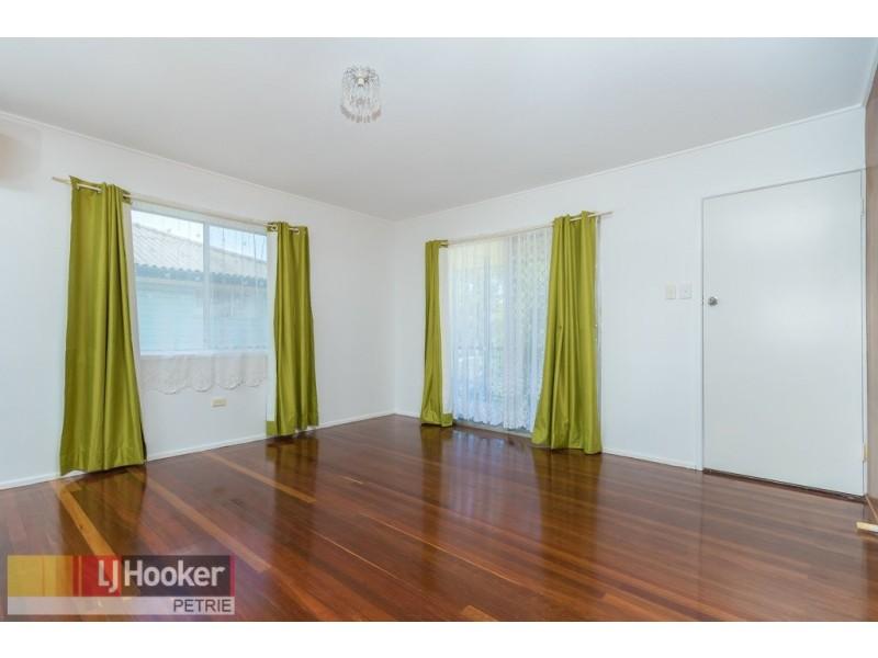 18 Sparkes Road, Bray Park QLD 4500