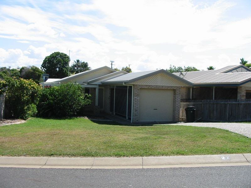 27 Van Haeren Street, Kawana QLD 4701