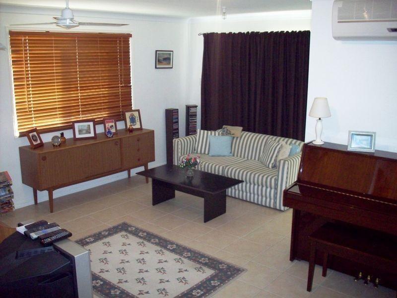 3/210 William Street, Allenstown QLD 4700