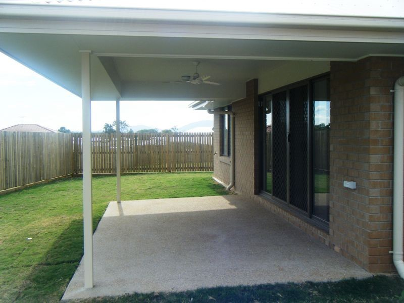 18 Chatterton Boulevard, Gracemere QLD 4702