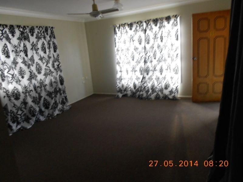 1/2 Buntain Street, Kawana QLD 4701