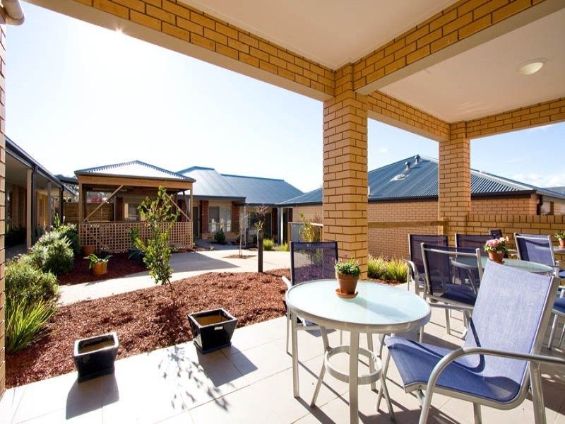 28/96 Gisborne Road, Bacchus Marsh VIC 3340