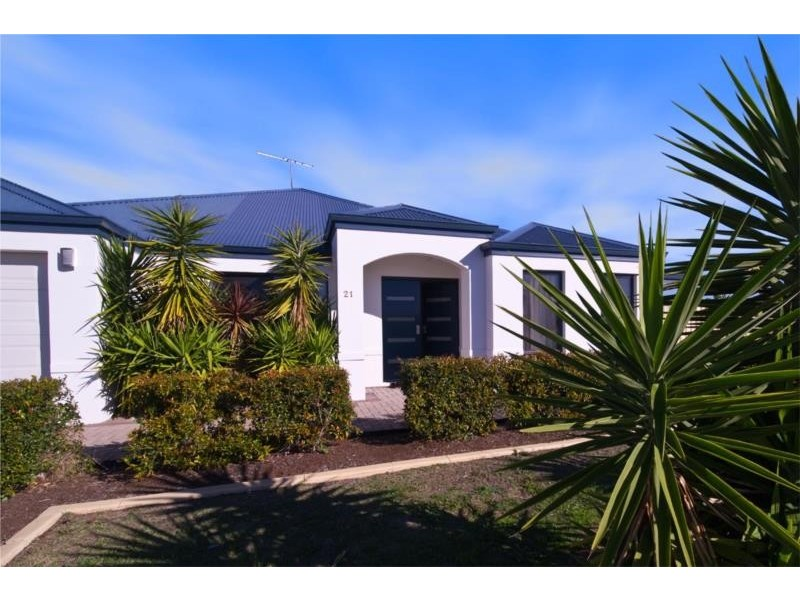 21 Blackford Turn, Success WA 6164
