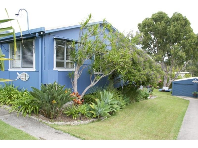 12 Wallace Street, Scotts Head NSW 2447