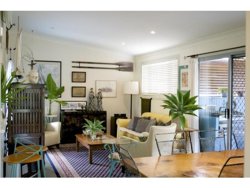 12 Wallace Street, Scotts Head NSW 2447