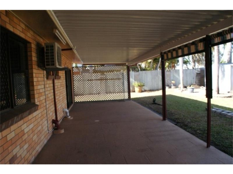 4 Dixon Court, Beaconsfield QLD 4740