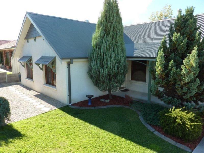 69 Green Street, West Bathurst NSW 2795