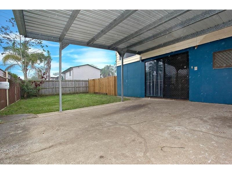 16 Dellamere Court, Eagleby QLD 4207