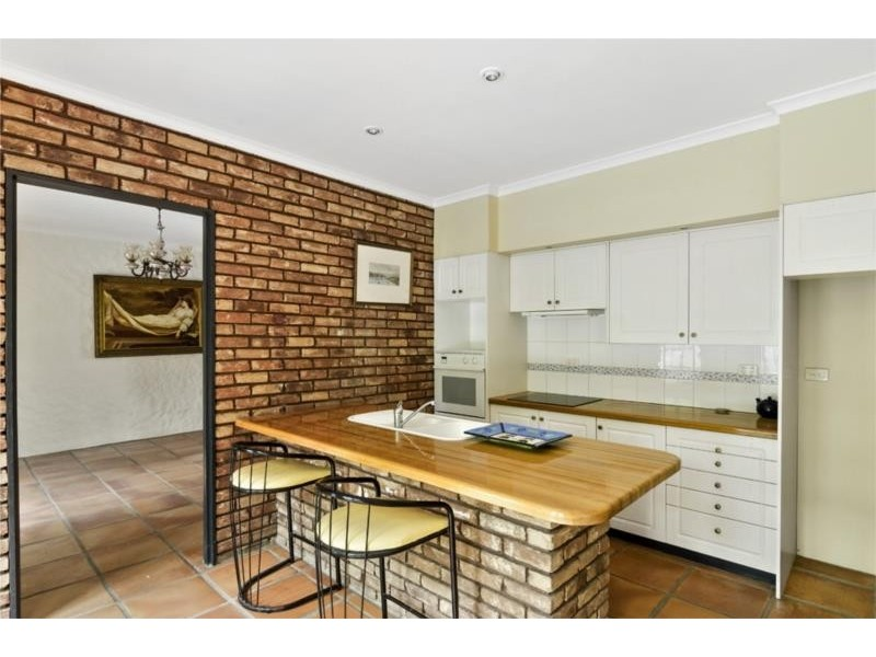 2 Bellview Crescent, Ashmore QLD 4214