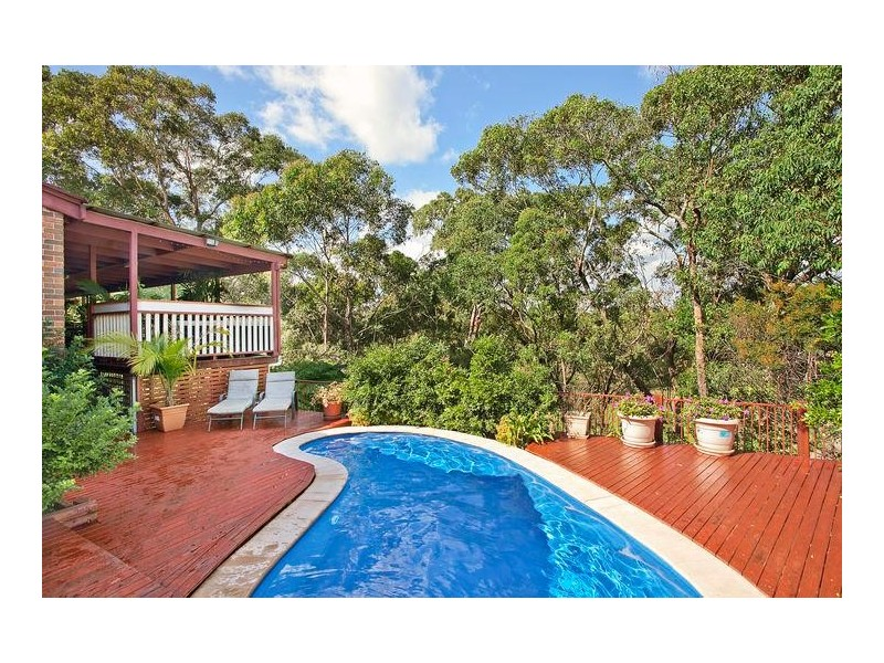 6 Robinia Place, Alfords Point NSW 2234