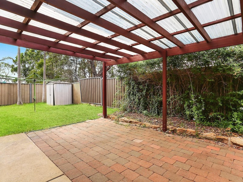 11 Reliance Place, Illawong NSW 2234