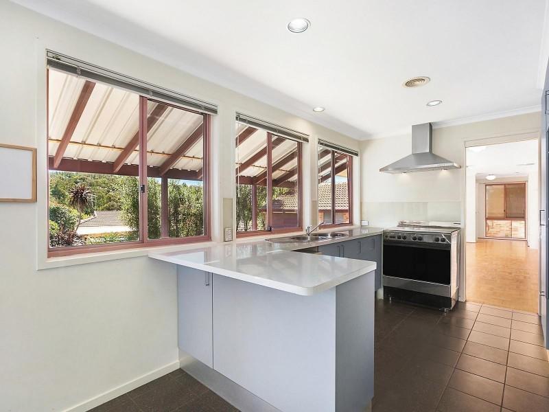 32 Emery Crescent, Queanbeyan NSW 2620