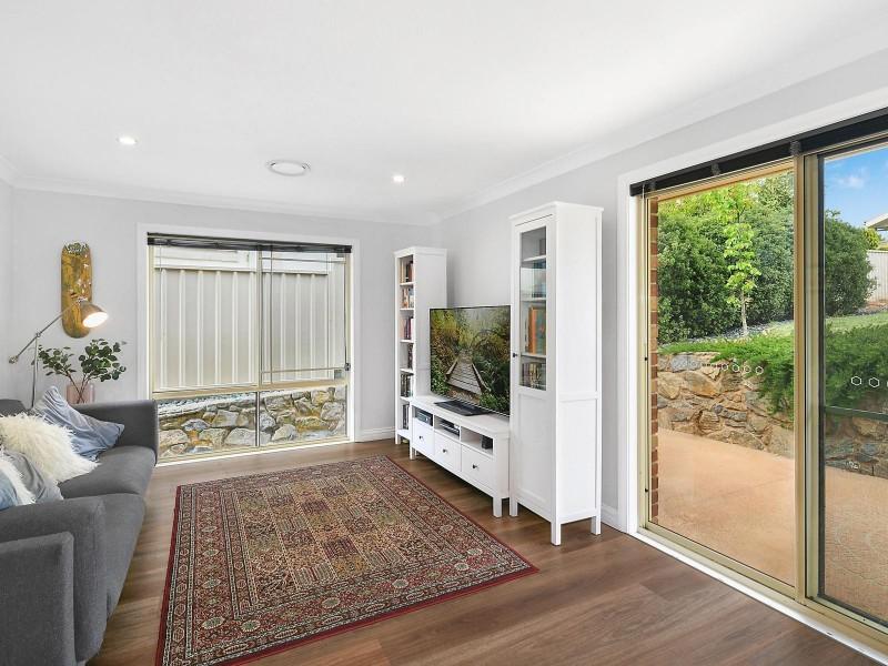 8 Binaburra Place, Karabar NSW 2620