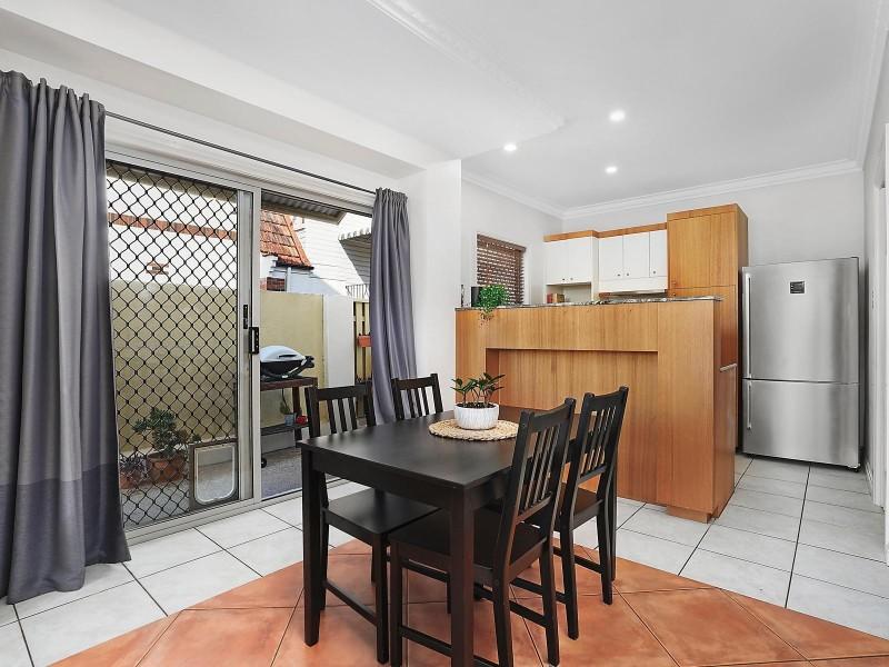 1/90 Sherwood Road, Toowong QLD 4066