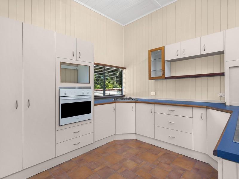 1 Drayton Street, Allora QLD 4362