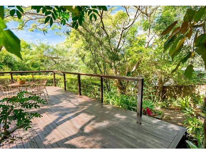 33 Tantula Road East, Alexandra Headland QLD 4572