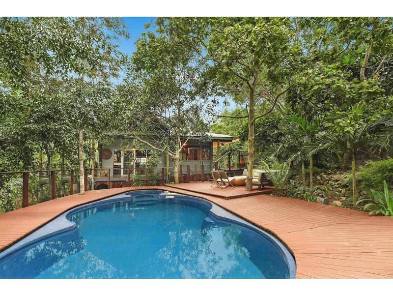 10 Mount Clifton Court, Alligator Creek QLD 4816