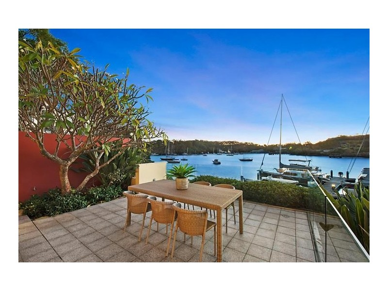 2/16 Munro Street, Mcmahons Point NSW 2060