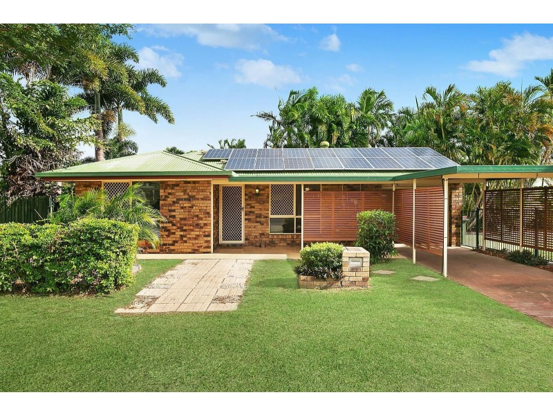 1 Hotham Close, Parkhurst QLD 4702