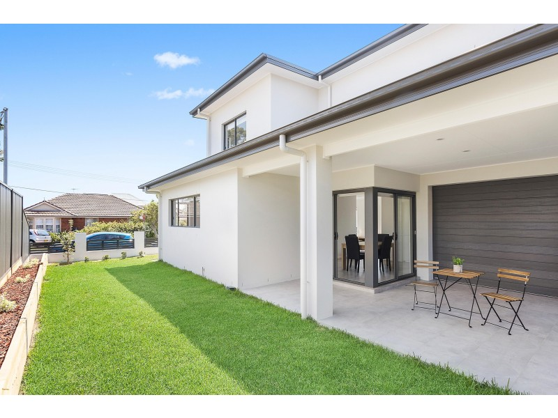 43 Carrington Avenue, Caringbah NSW 2229