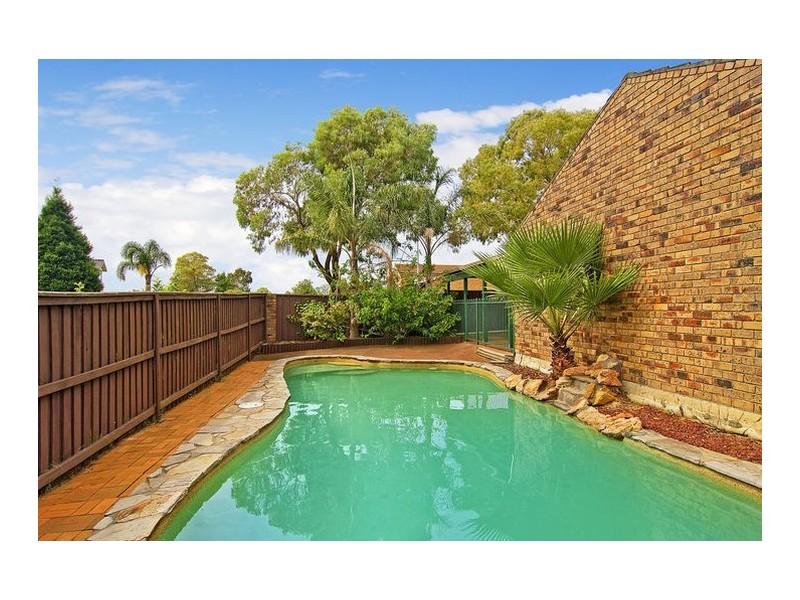 1 Coachwood Crescent, Alfords Point NSW 2234