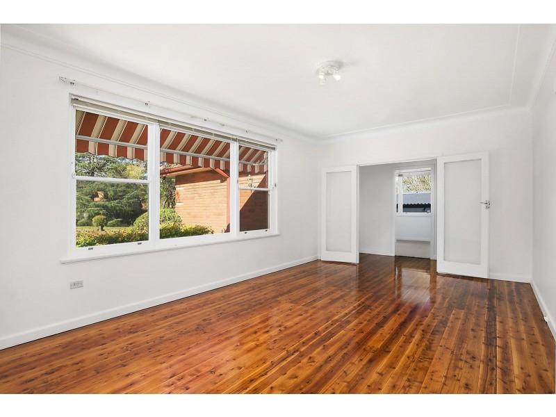 8 Marillian Avenue, Waitara NSW 2077