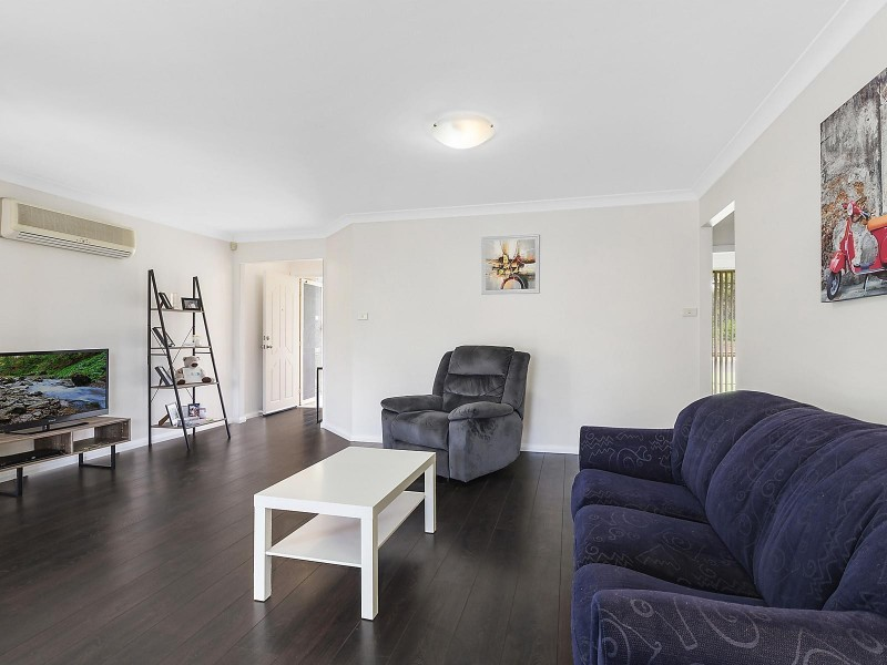 2 Binnaway Avenue, Hoxton Park NSW 2171