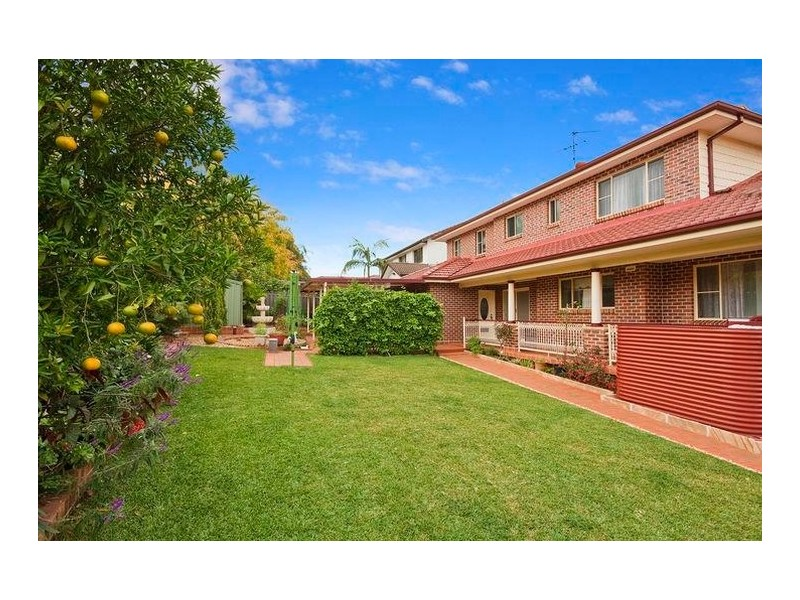 84 Stockdale Crescent, Abbotsbury NSW 2176