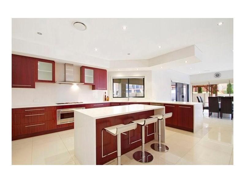 14 Rafter Crescent, Abbotsbury NSW 2176