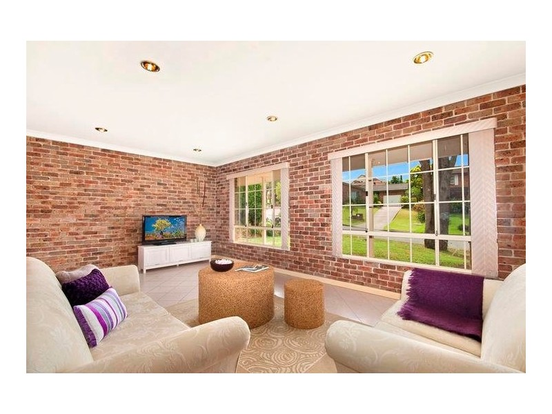 3 Cochran Place, Abbotsbury NSW 2176